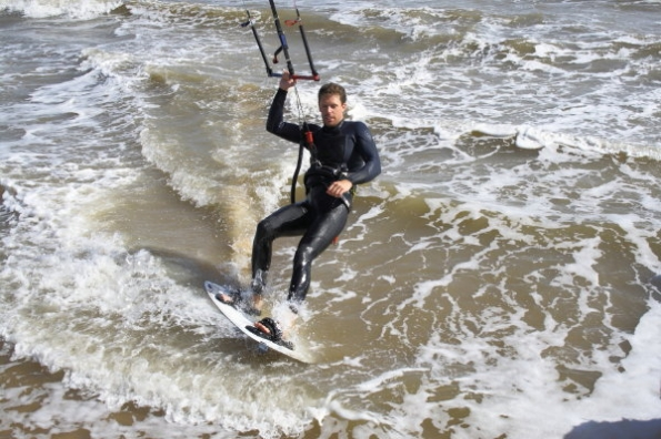 james kite surfing