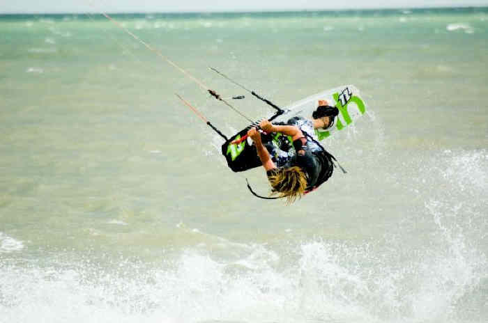 Push Kiting - Kitesurfing - Lessons on east coast
