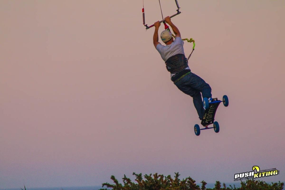 Learn to Kiteboard