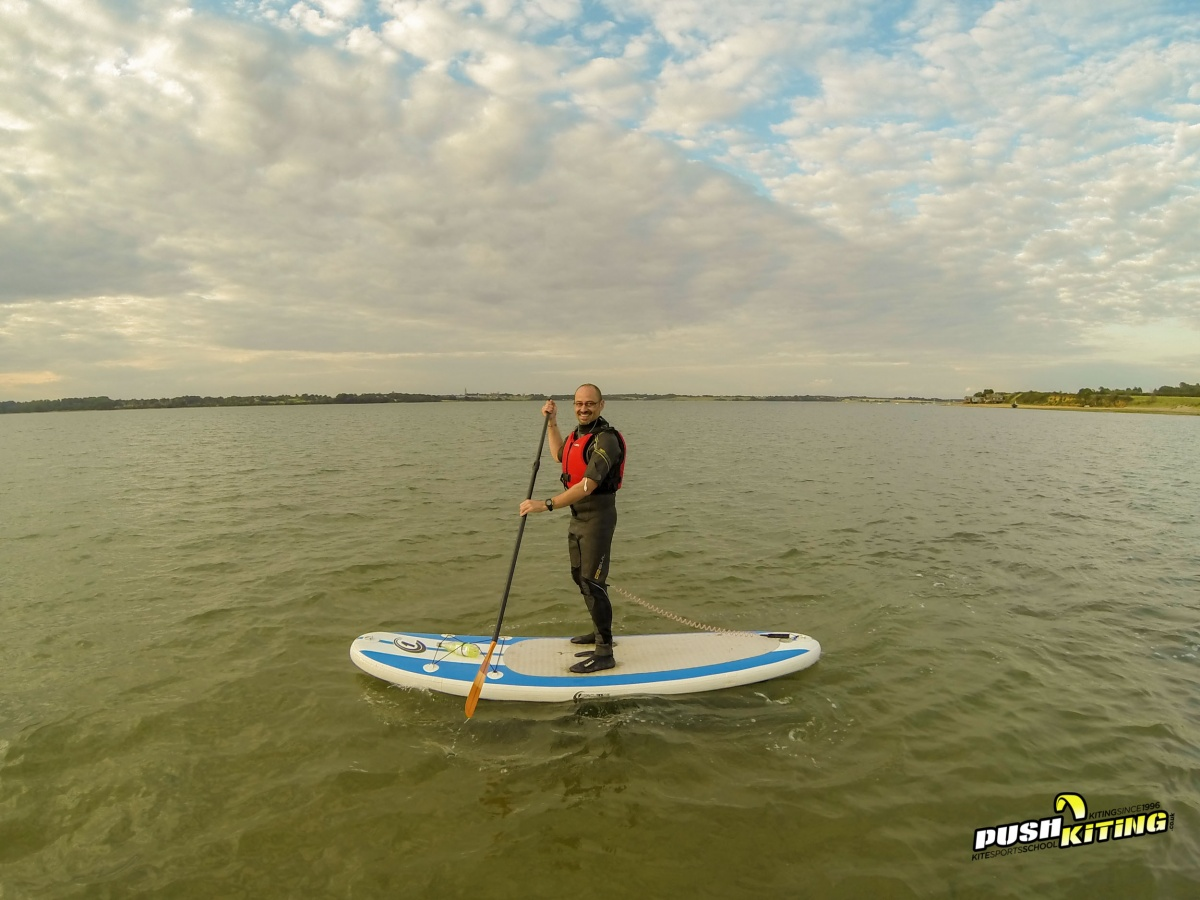 two hour paddleboard course push kiting