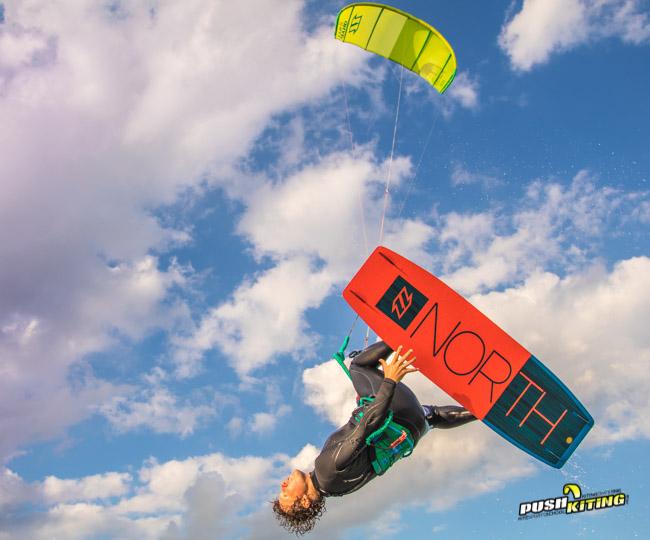 Expert Kitesurfing Lessons