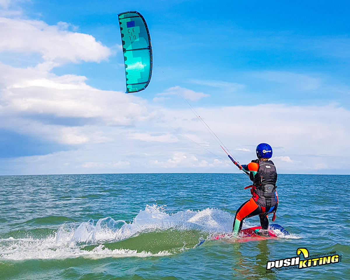 Expert private Kitesurfing Lessons